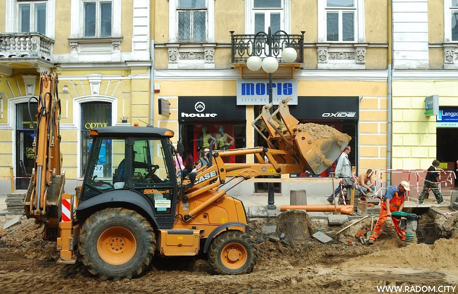 Radom. Remont ulicy Żeromskiego.