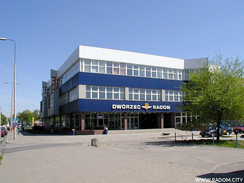 Radom. Dworzec PKS przy ul. Prażmowskiego.