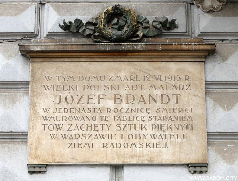 Radom. Tablica Józefa Brandta - ul. Piłsudskiego 9.