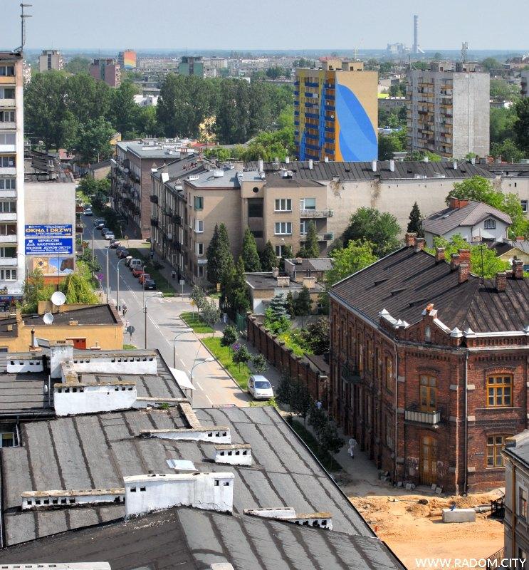 Radom. Widok z 10 piętra budynku przy ul. Niedziałkowskiego.