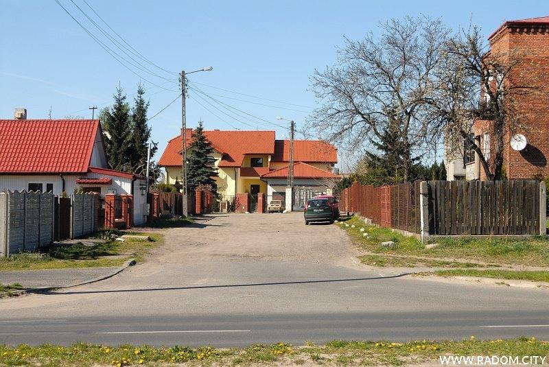 Radom. Ulica Różana, widok na północ z ul. Szarych Szeregów.