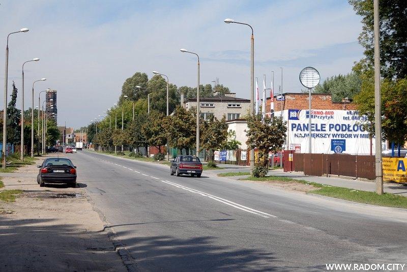 Radom. Ulica Wernera, widok na zachód ze skrzyżowania z ul. Kraszewskiego.