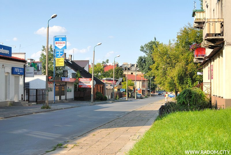 Radom. Ulica Podwalna, widok od ul. Narutowicza.