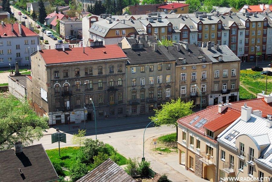 Radom. Ulica Wałowa - widok z wieży fary.