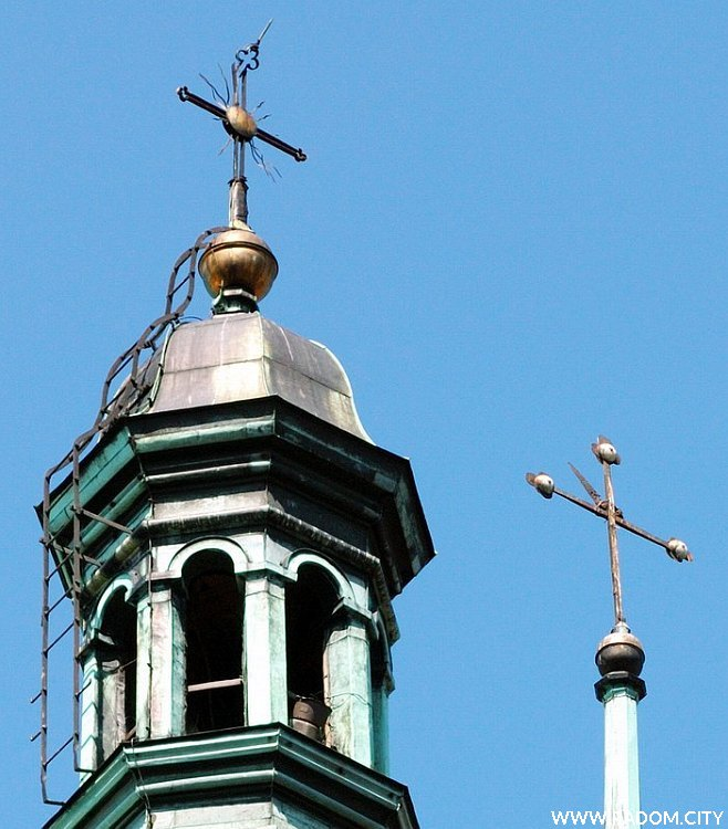 Radom. Wieże fary, fragment zdjęcia 01244 - krzyże.
