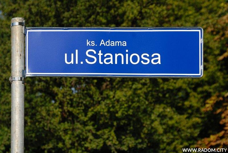 Radom. Tablica z nazwą ulicy Staniosa.