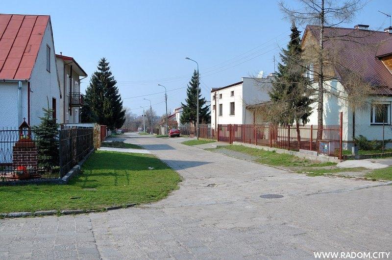 Radom. Ulica Piotrówka widziana z ul. św. Wacława.