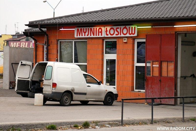 Radom. Myjnia Łosiów.