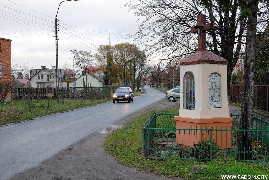 Radom. Kapliczka - Idalińska/Borowej.