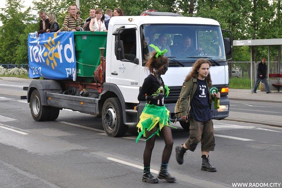 Radom. Wiosna Studencka 2009 - korowód.