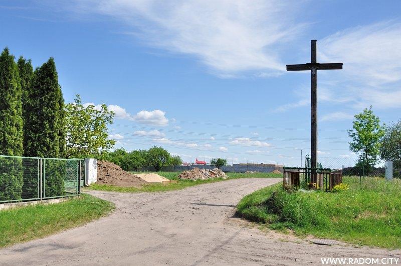 Radom. Krzyż - Żródłowa/Banacha.