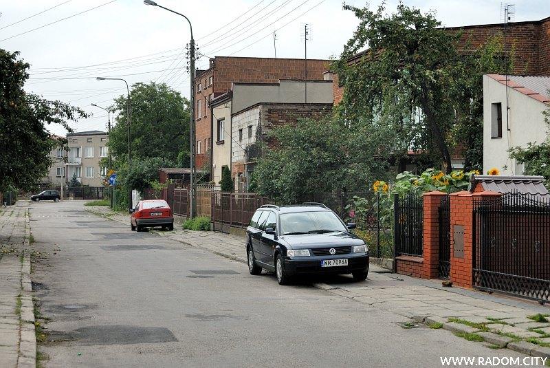Radom. Ulica Kościelna, widok w kierunku ul. Przelotnej.