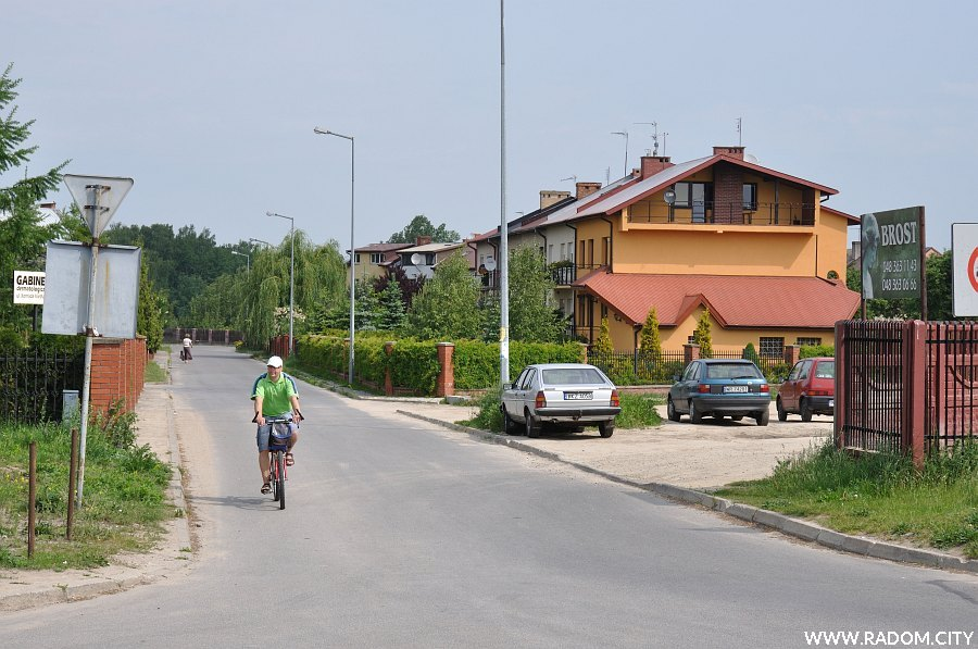 Radom. Ulica Barbary Borzym widziana z ul. Aleksandrowicza.