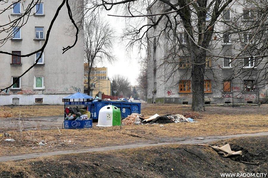 Radom. Teren Potok Północny/na wprost ul. Wodnej.