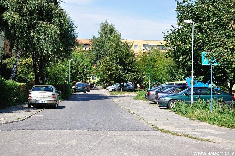 Radom. Ulica Jagiellońska widziana z ul. Sobieskiego.