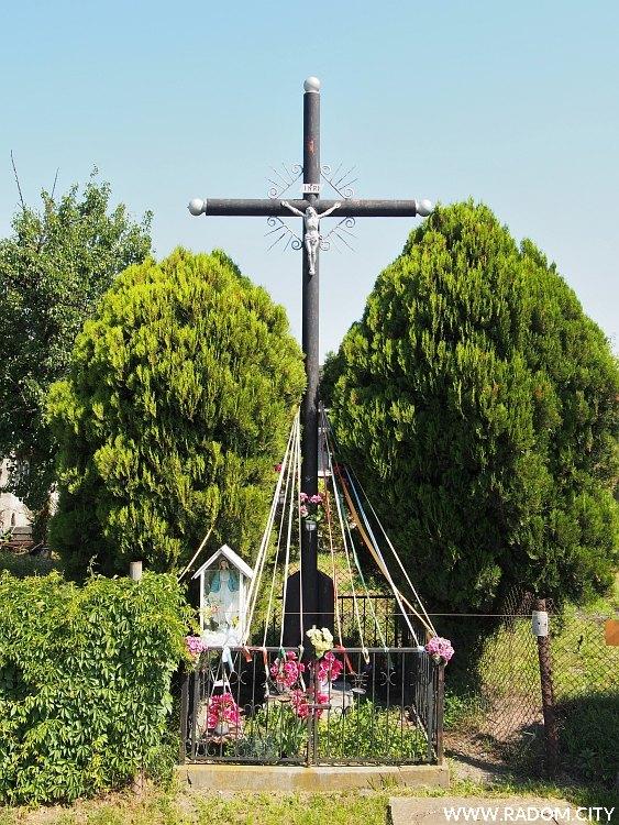 Radom. Krzyż - Wolanowska/Kleeberga.