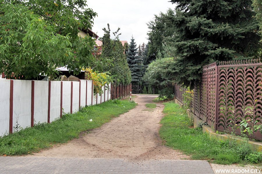 Radom. Ulica Belska z ul. Goszczewickiej.
