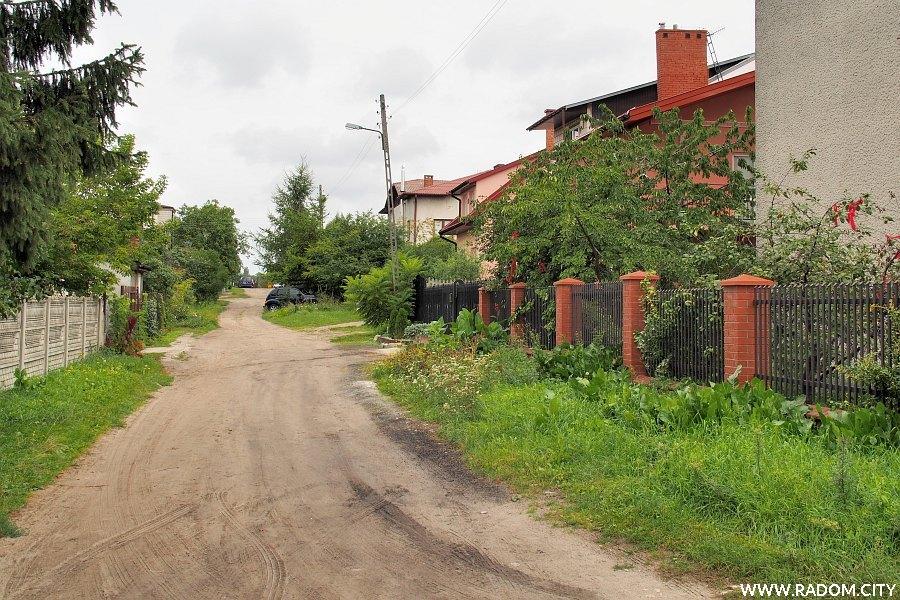 Radom. Ulica Mylna z ul. Opoczyńskiej.