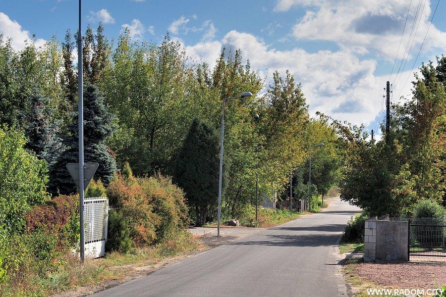 Radom. Ulica Kapturska z ul. Zielonej.