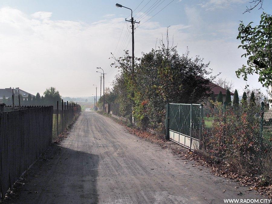 Radom. Ulica Jastrzębskiego od strony ul. Banacha.