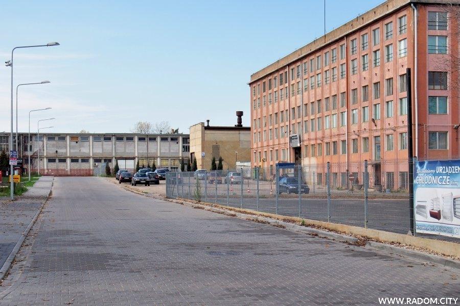 Radom. Ulica Przemysłowa z ul. Bisnesowej.