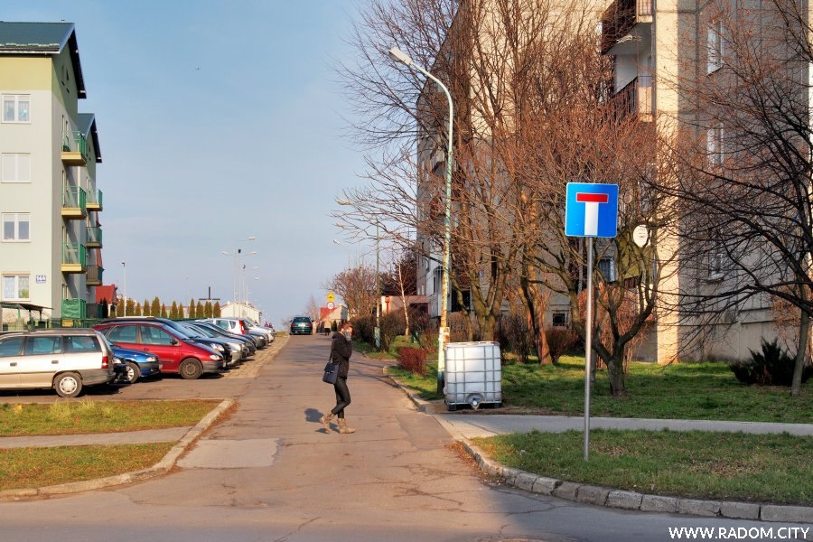 Radom. Ulica Chodowicza z ul. Paderewskiego.