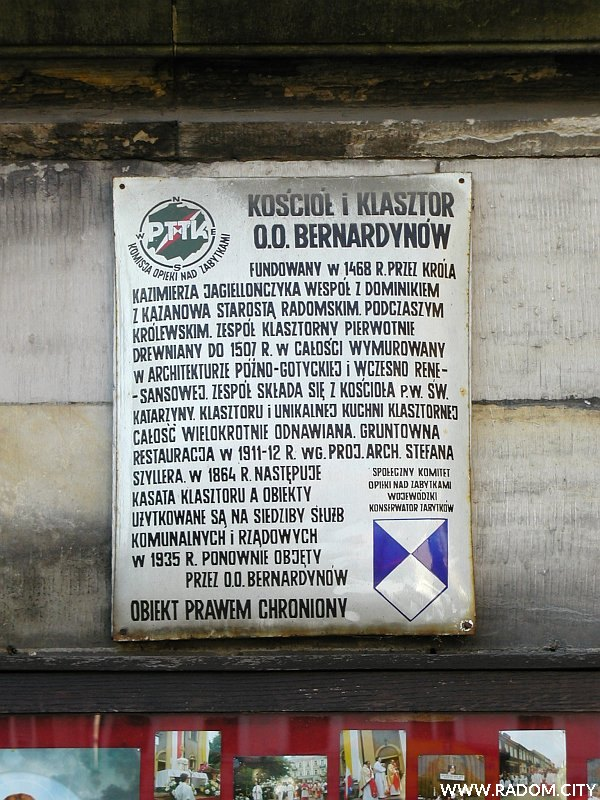 Radom. Kościół oo Bernardynów - tablica PTTK.