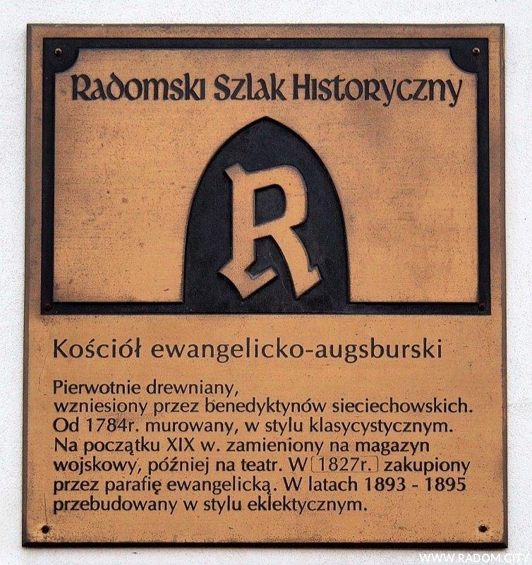 Radom. Radomski Szlak Historyczny - tablica na kościele ewangelicko-augsburskim.