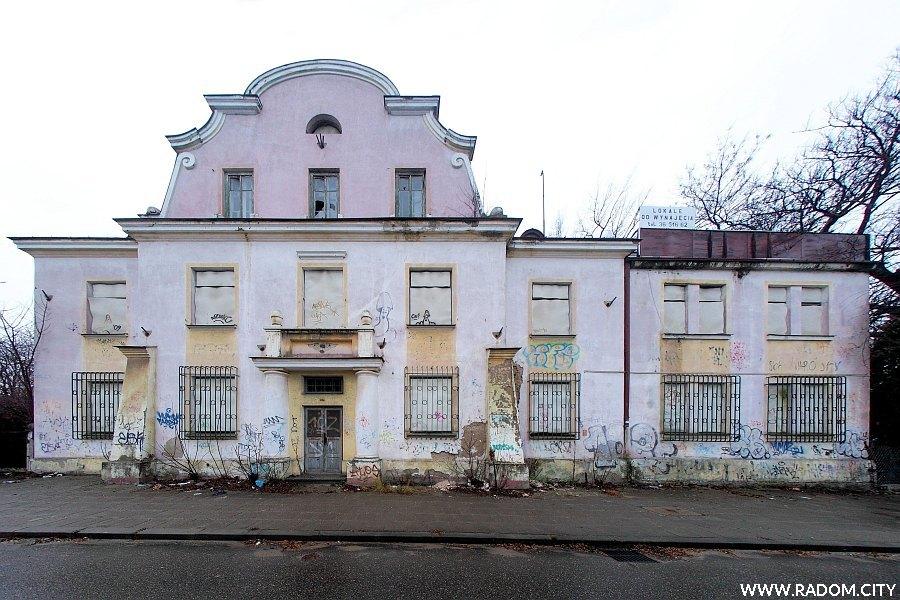 Radom. Dawny budynek dyrekcji ZNTK.