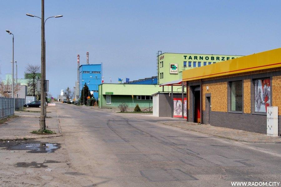 Radom. Ulica Tarnobrzeska.